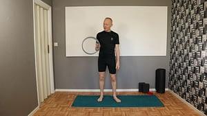 Yoganovisen Enkla övningar - Kul med Yogahjul